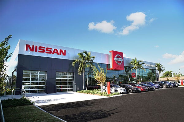 Nissan Dealer Miami >> Greenacres Nissan New Used Car Dealer Of West Palm Beach